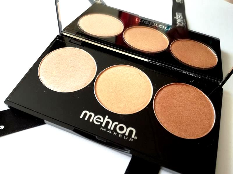 Review Mehron Highlight Pro 3 Shade Palette (Warm) en Winactie! 8 mehron Review Mehron Highlight Pro 3 Shade Palette (Warm) en Winactie!
