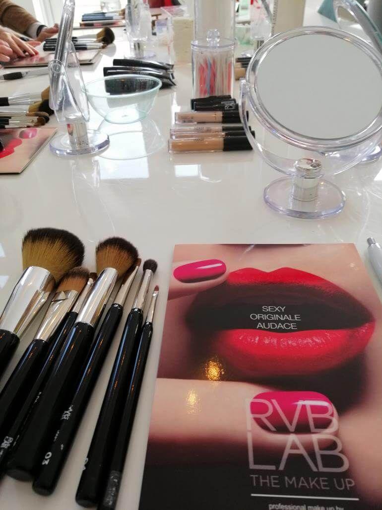 Make-up Workshop bij Beauty Center Tiel- Met Handige Make-up Tips! 42 workshop Make-up Workshop bij Beauty Center Tiel- Met Handige Make-up Tips! Foundation