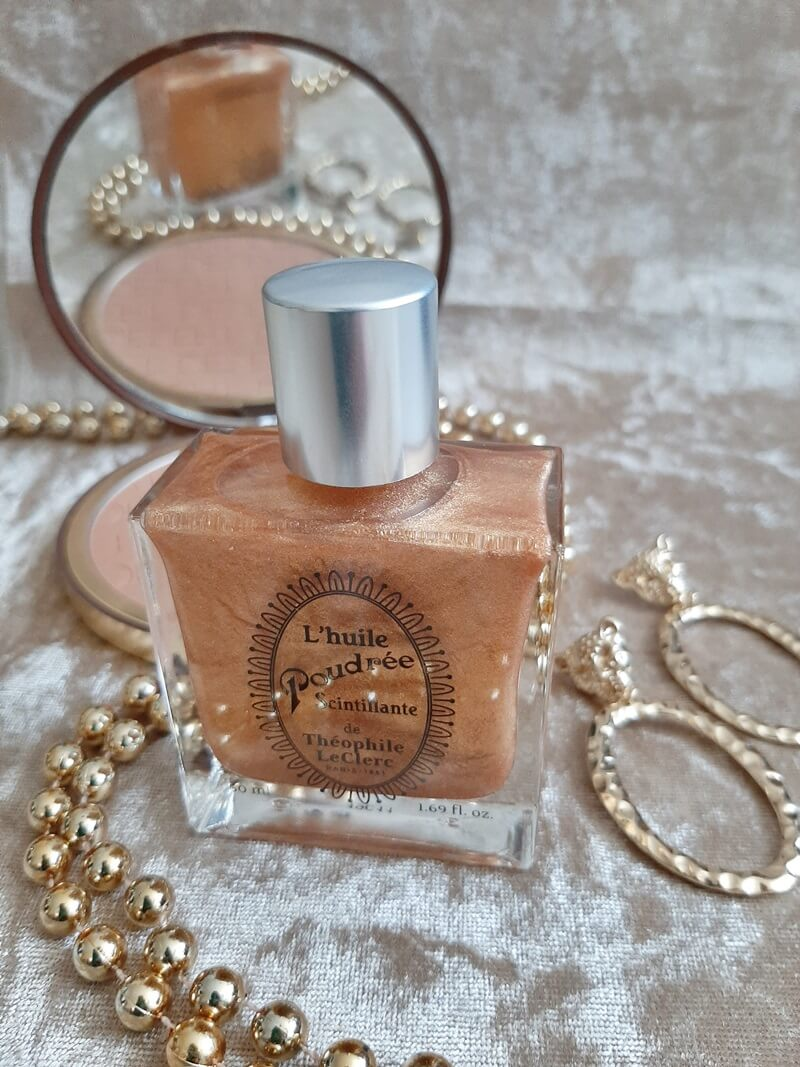 Review T. LeClerc L'Huile Poudrée Scintillante -The Shimmering Powder Oil 43 t. leclerc Review T. LeClerc L'Huile Poudrée Scintillante -The Shimmering Powder Oil Merken